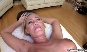 Nicole aniston acquires a proper massage