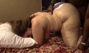 Brunette milf acquires drilled hard by large dark 10-Pounder