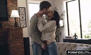 Pornfidelity vicki follow takes an anal pounding