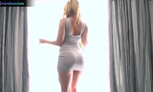 Alexis texas offered her massive luscious butt