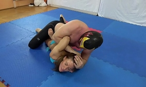 Athina vs. the mexican - bikini mixed wrestling