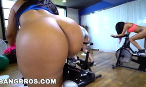 Bangbros - curvy lalin girl rose monroe drilled in spin class by brick danger