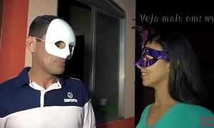 Setsexvideos: casal amador chambinhoenanaputinha em gangbang- part 1