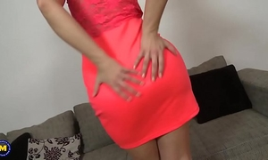 Beautiful mama eve angel masturbating