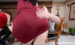 two bbw pawgs take on some huge jocks