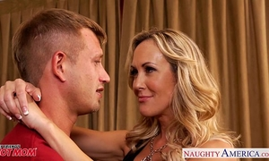 Busty blond mamma brandi love engulf and fuck wang