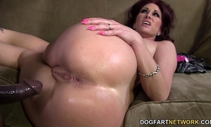 Tiffany mynx likes anal with large dark wang