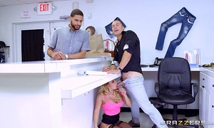Brazzers - cali carter is a bad horny white wife