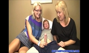 Hot mommy large 10-Pounder surprise
