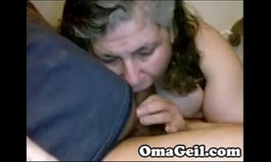 Omageil chunky granny engulfing large old dong - omaporn.org