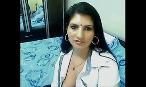 Hot & lewd high class bhabhi home alone chatting on cam