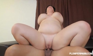Busty bbw milf serenity sinn oiled and drilled by the pool