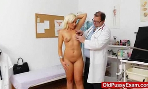 Awesome blond-haired receives a mellow gyno