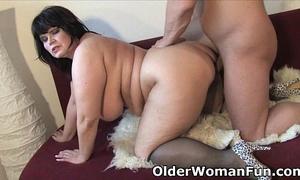 Chubby aged mama needs warm cum