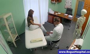 Doctor receives his hawt patient to disrobe